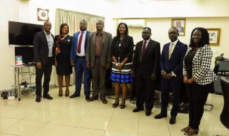 Fundraising Committee of VCEF calls on Registrar